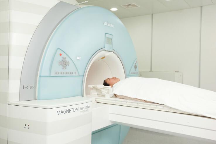 การเตรียมตัวเพื่อเข้าตรวจ MRI และ CT scan