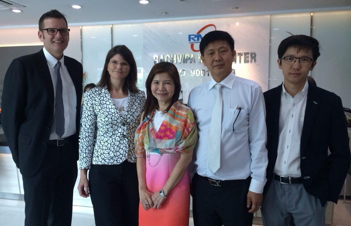 คณะผู้บริหารจากบริษัท ซีเมนส์ Bangkok