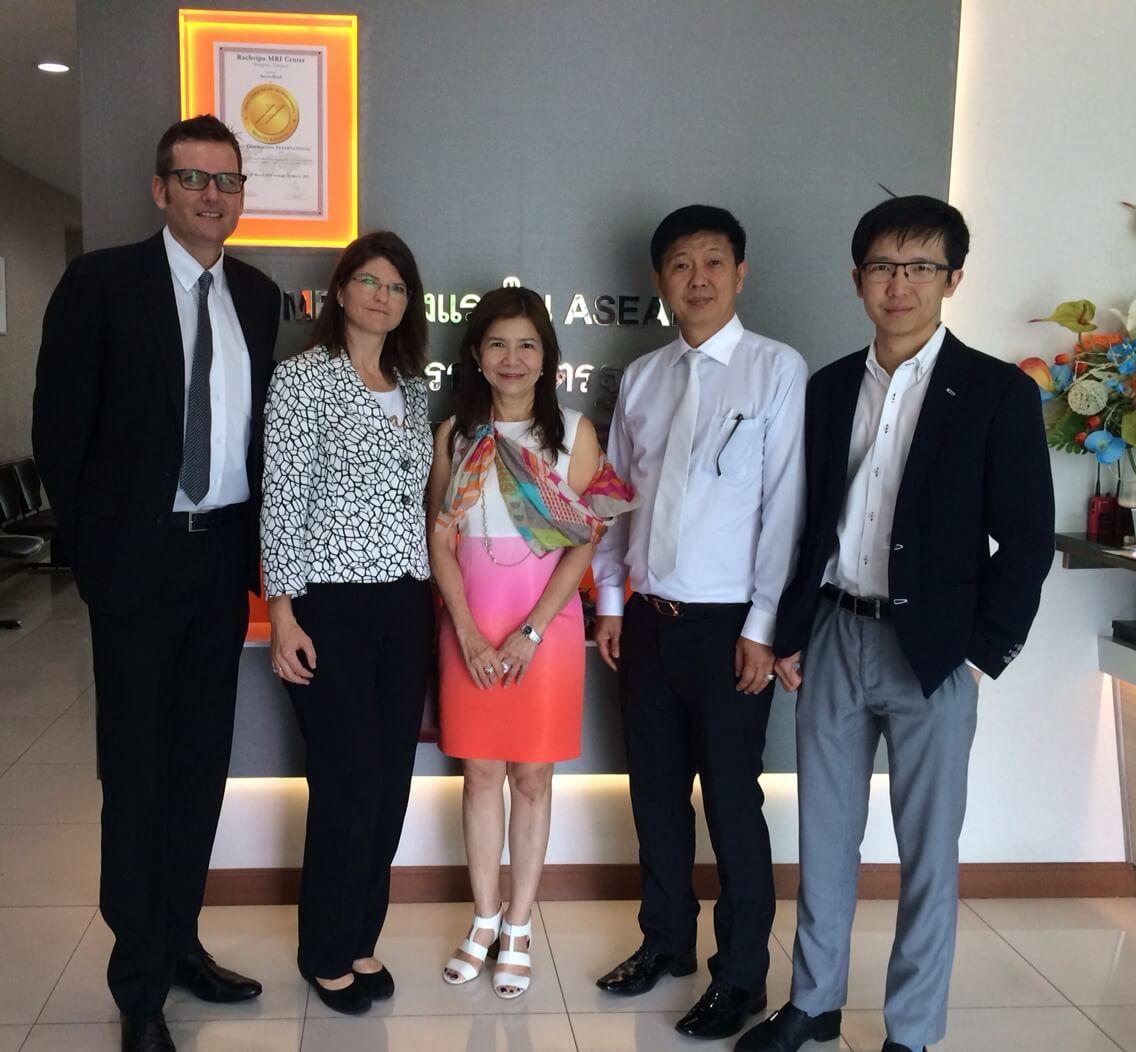 คณะผู้บริหารจากบริษัท ซีเมนส์ MRI Thailand